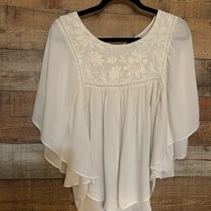 American Eagle cream top, size large